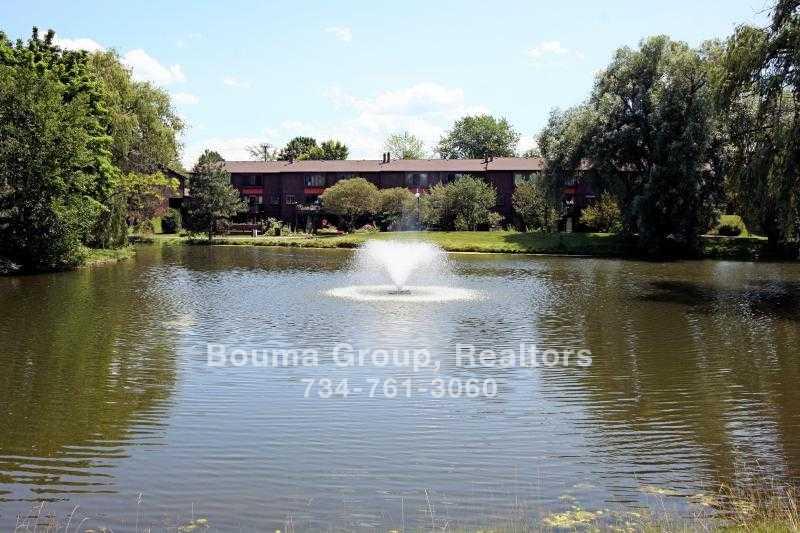 Traver Lakes Condo - Ann Arbor