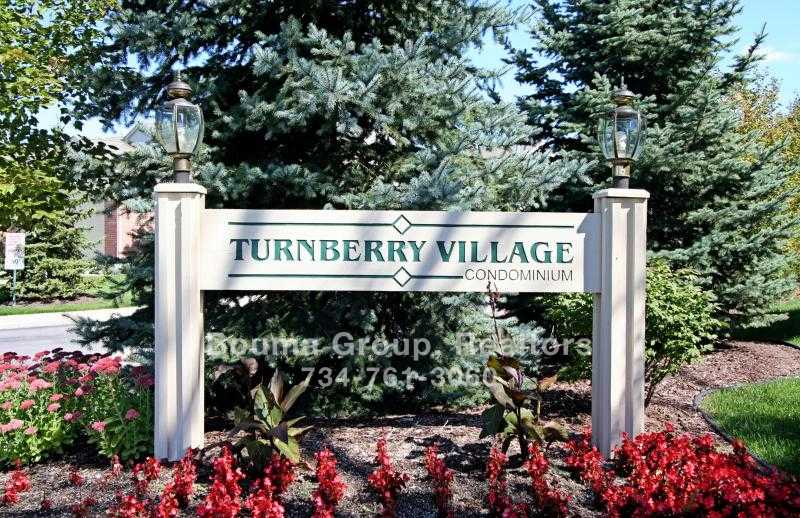 Turnberry Village Condo - Ann Arbor