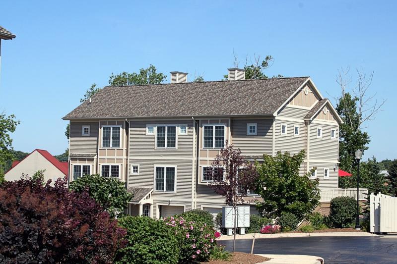 Eagle Ridge Condo - Ann Arbor