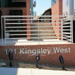 121 Kingsley West Condo